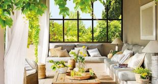 Träumerisches Haus umgeben von Natur in der spanischen Landschaft