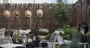 Awesome 20+ Creative DIY Small Backyard Ideas On A Budget. # #DIYSmallBackyard #...